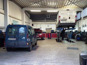 Werkshalle - Autowerkstatt Berlin Reinickendorf